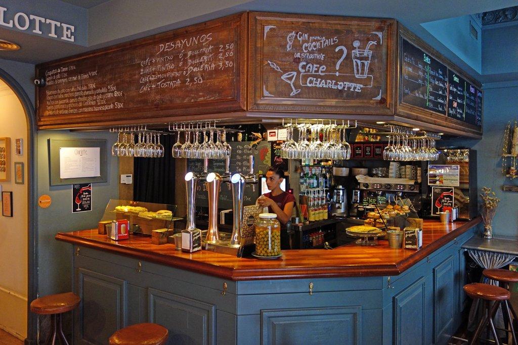 Charlotte Bilbao - Un negocio de hostelería diferente en Bilbao.