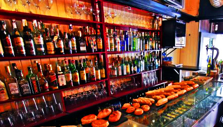 El Txoko de Gabi - Bar pequeño de tamaño pero grande en personalidad. Bilbao