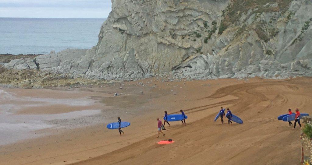 Bigui Surf Eskola - Surf, kayak y Paddle Surf... Para toda la familia Bilbao