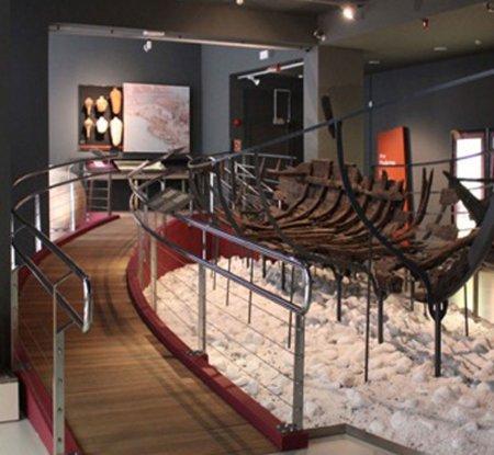 Museo Arqueológico Vasco - Museos y Galerías Bilbao