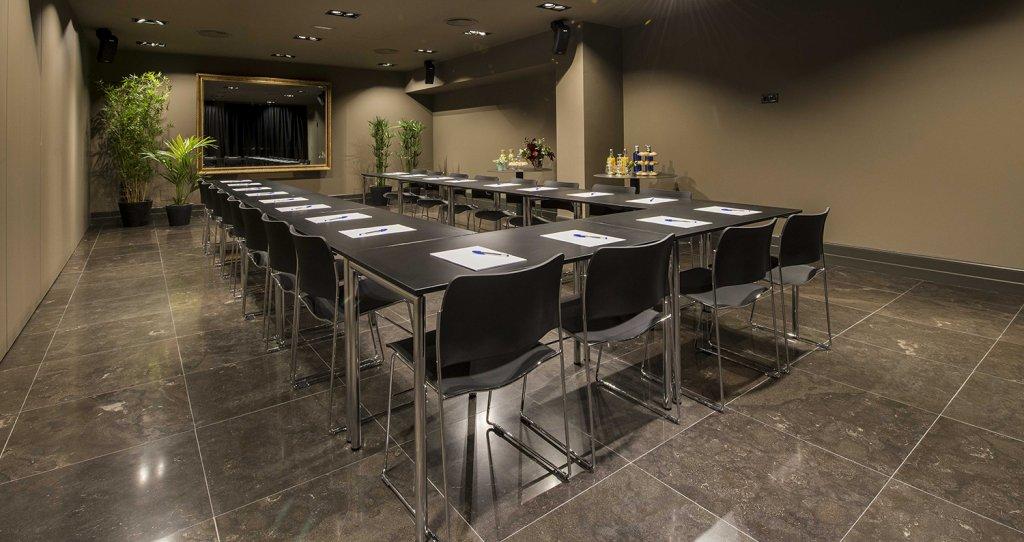 Sala de eventos Yimby Sota - Celebra tus reuniones y eventos en Bilbao