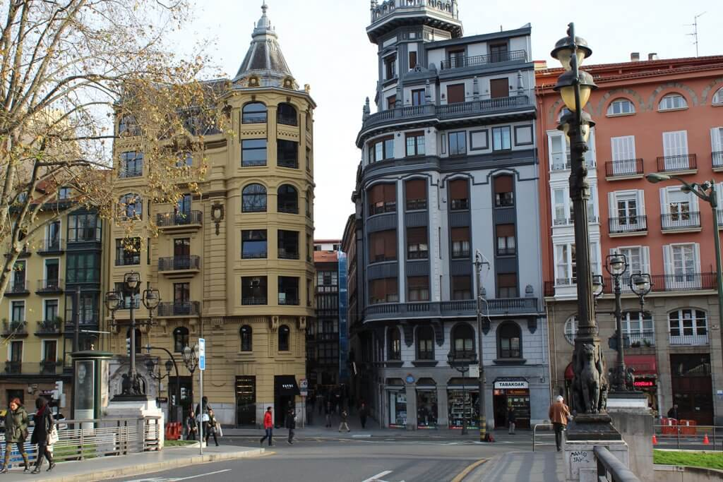 Patri Gastrobar - La cocina informal de Martin Berasategui en el Casco Viejo de Bilbao - Patri es el gastrobar de Martin Berasategui en el Casco Viejo de Bilbao