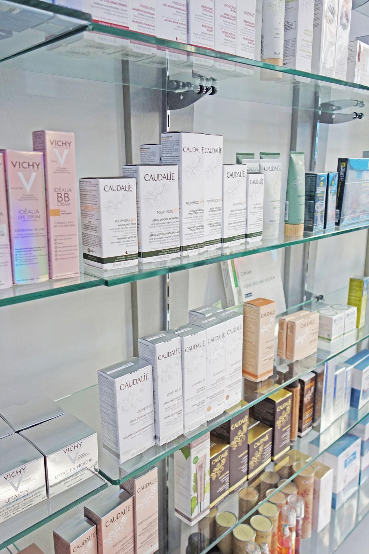 Parafarmacia Ellacuría - Perfume & Cosmetics Bilbao