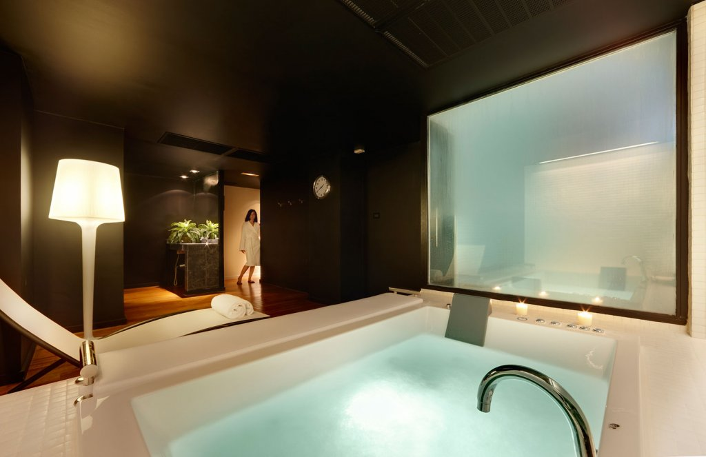 WelWellbeing Experience Hotel Miró - Place to relax mind and body Bilbao