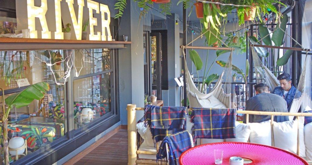 Happy River - Bar Restaurant Bilbao