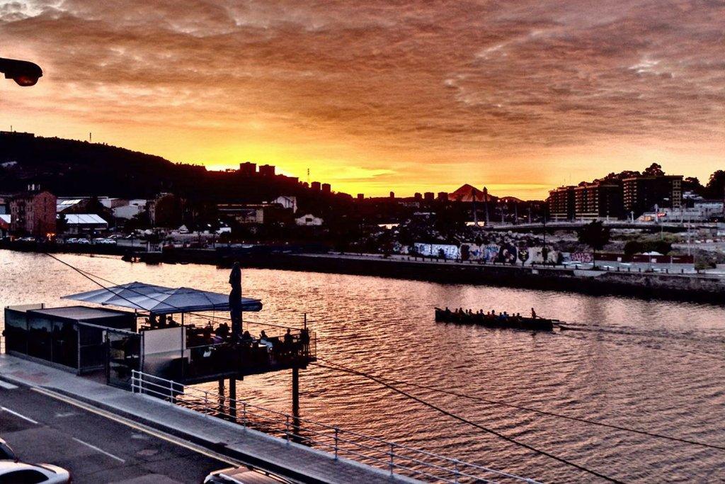 el cargadero de Bilbao es la primera terraza sobre la Ría para tomar copas