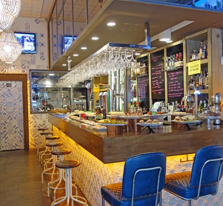 Mio Bar - Pintxos Bilbao