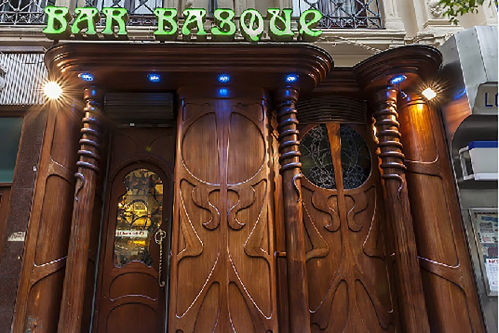 Bar Basque - 40 years of history in the center of Bilbao