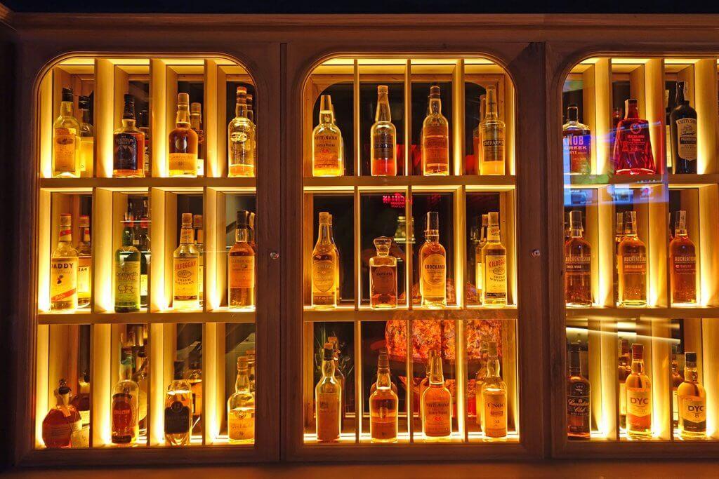 Sumerian Club - Avant-gardé cocktail bar in Bilbao - Sumerian Club