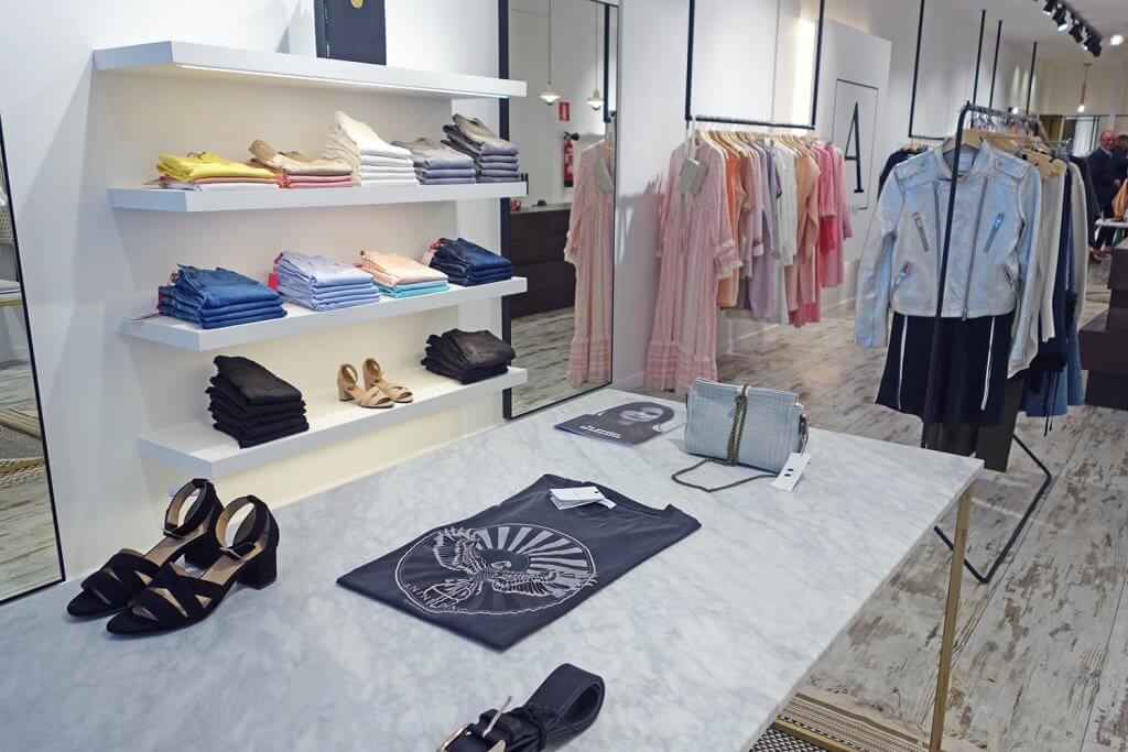 Ambali Bilbao - Multi-brand store for women located in the centre of Bilbao - Ambali Bilbao - tienda moda multimarca mujer