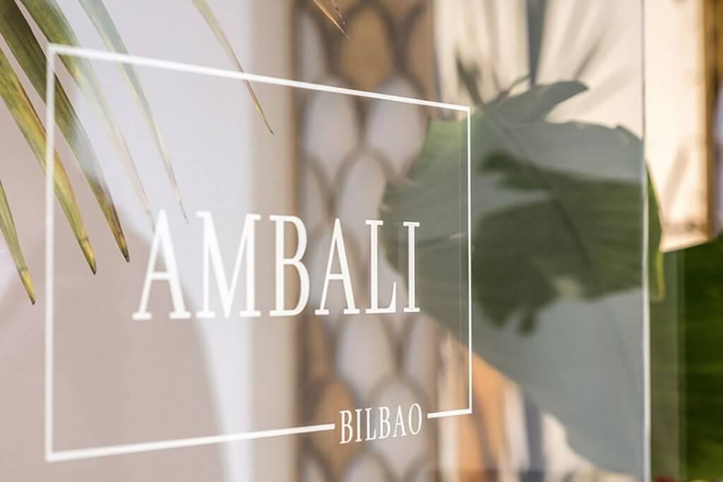 Ambali Bilbao- tienda de moda multimarca para mujer en el centro.
