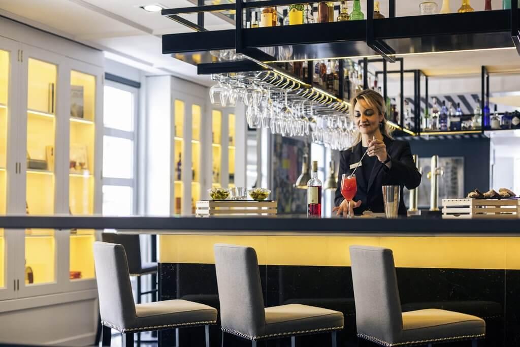 Bar Mercure Bilbao Jardines de Albia