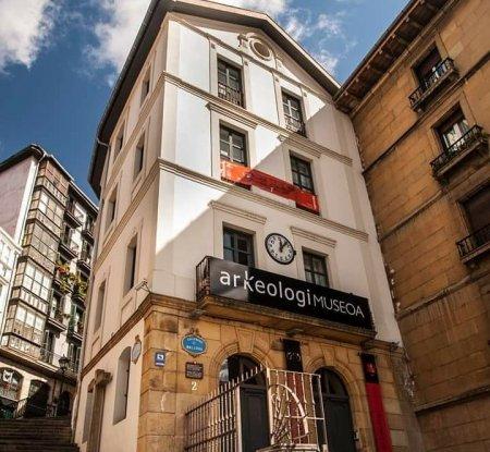 Museo Arqueológico - Museos y Galerías Bilbao