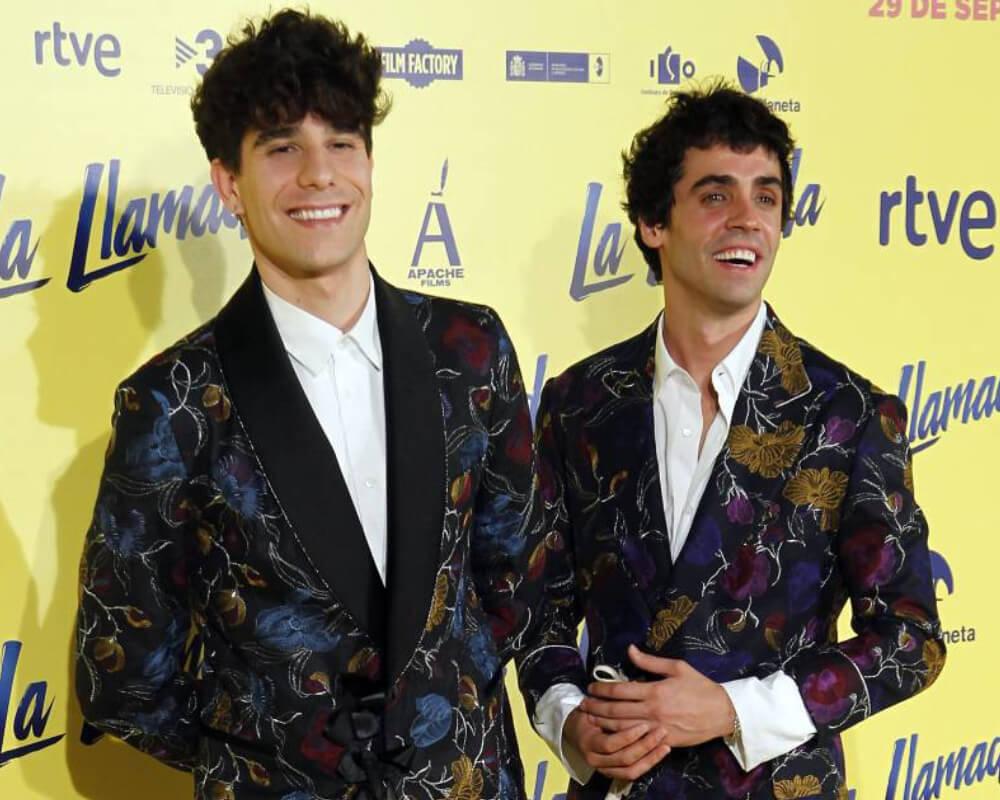 Los Javis, directores de La Llamada