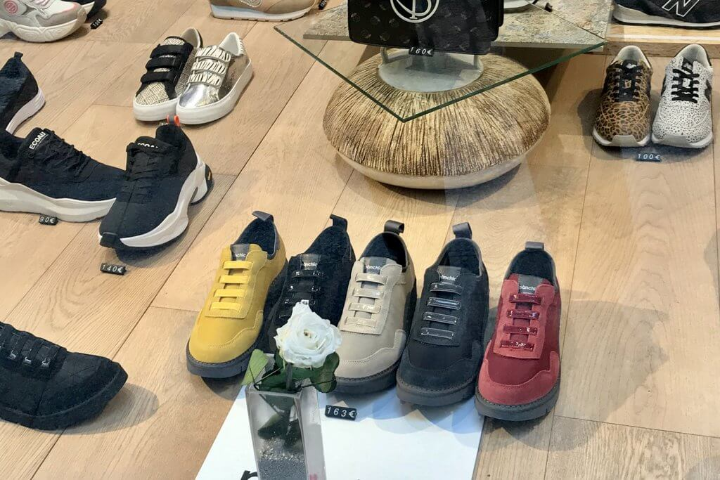 Foxter Shoes - Quality and design shoe multi-brand stores in Bilbao