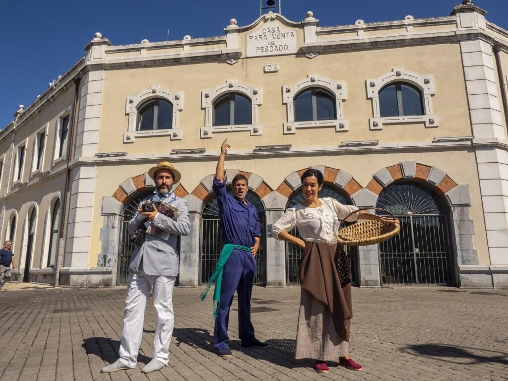 Subasta teatralizada en Santurtzi Itsasoa Museoa