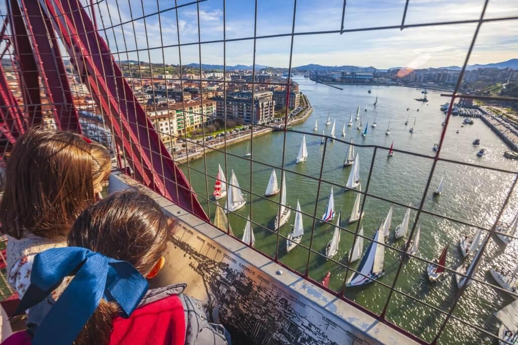 Las vistas desde el Puente Bizkaia
