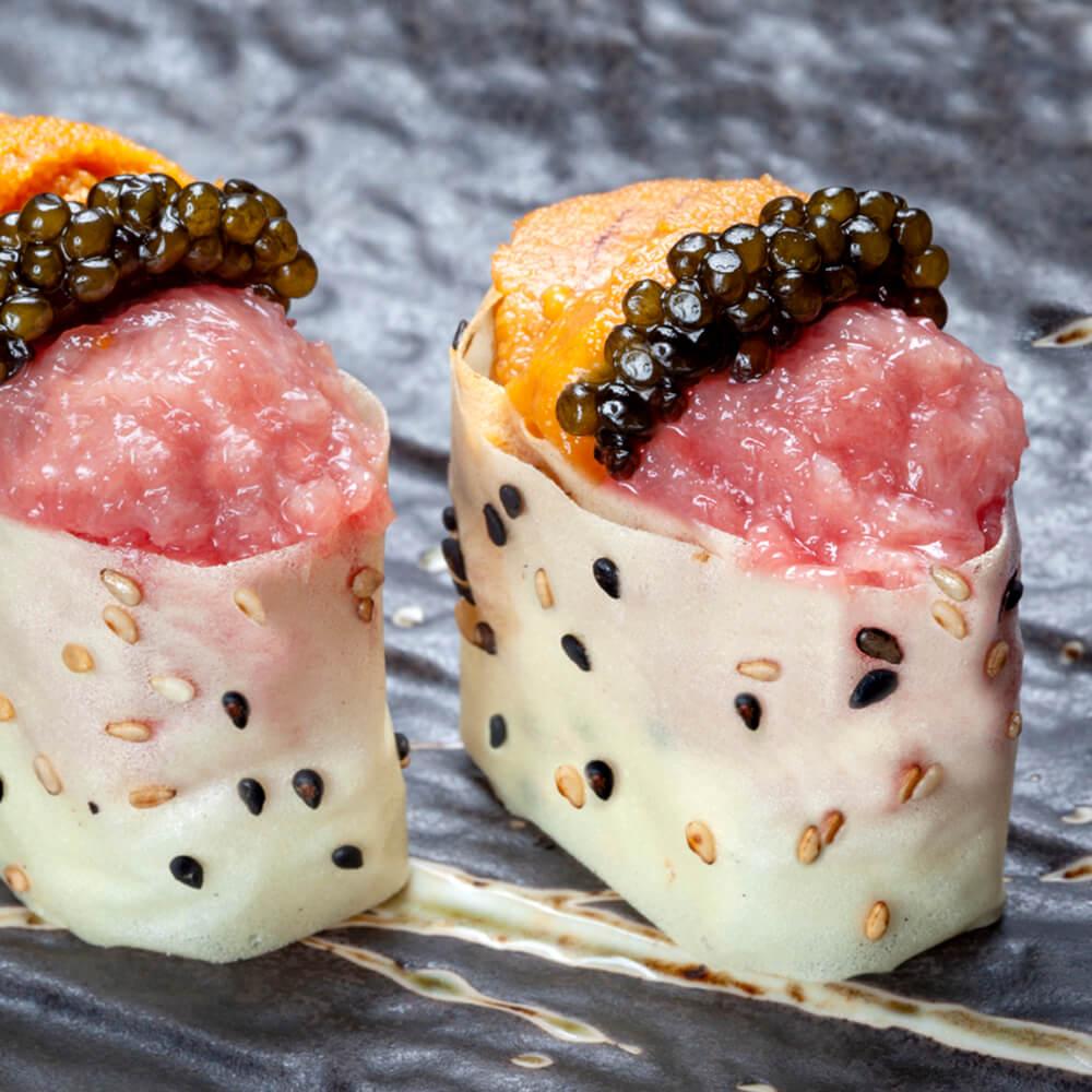 Gunkan 99 Sushi Bar, con Erizo, Tartar de Toro y Caviar ©nines minguez